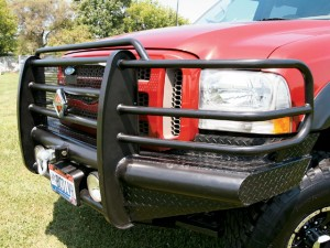 0701dp_04_z+2002_ford_f350+ranch_hand_bumper